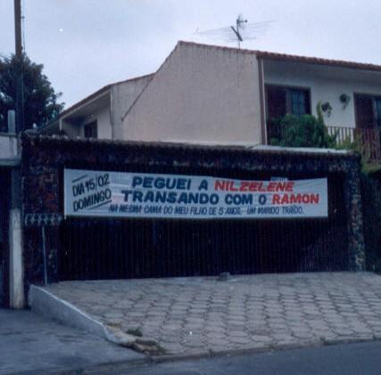 E os brasileiros ainda têm a lata de contar anedotas de portugueses...